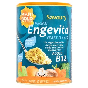 Nutritional yeast with B12